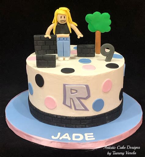 Pin on Cake Decorating - roblox cute girl roblox cake ideas for girls