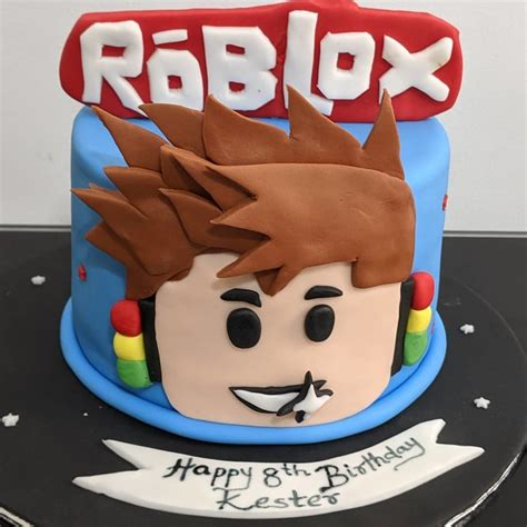 27 Best Roblox Cake Ideas for Boys & Girls (These Are ... - roblox cute girl roblox cake ideas for girls